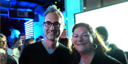 Frédéric Guichard, annonceur Evian et Olivia van HoegaErden, rédactrice du Jour Sans Pub